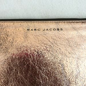 Marc Jacobs Bags - Authentic Marc Jacobs Leather Clutch
